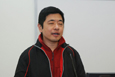 香港失明人协进会颜东锋先生示范视障人士如何利用无障碍软件浏览网页