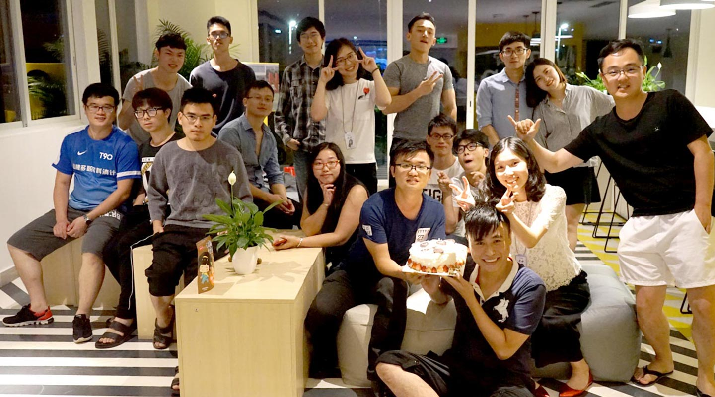 Eric Kuo gets to know many entrepreneurial young talents in the living quarters next to the Entrepreneur Hub in Shenzhen <em>(courtesy of the interviewee)</em>