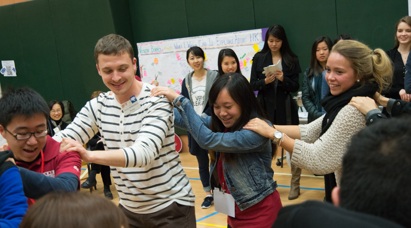Over 70 local Shaw Buddies and incoming exchange students from over 10 countries get to know each other in the 'Cultural Integration Meet-up' event <em>(Photo provided by Shaw College)</em>
