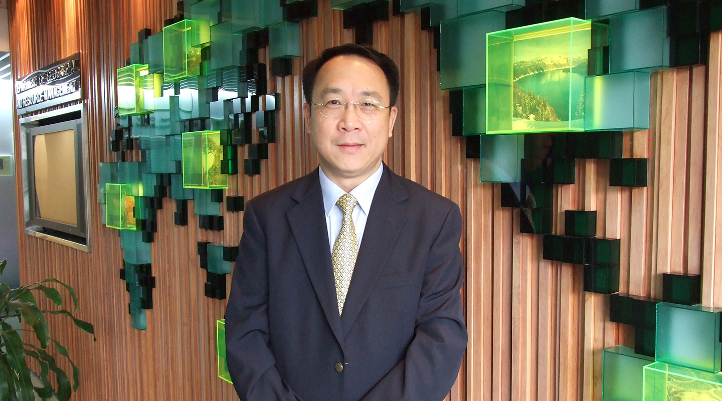 Prof. David Chen warns the virus will weaken global investments in clean energy and industry efforts to reduce emissions