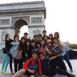 崇基学院每年暑假举办德国及法国社会探索之旅,让学生修读基础德文及法文,并造访多个城市,认识当地社会及文化。